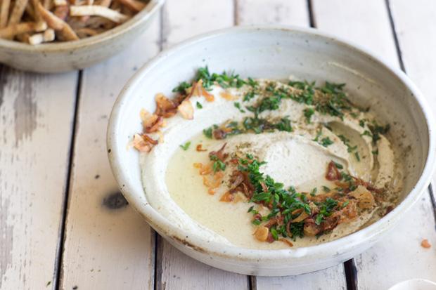 Hummus de frijol mungo